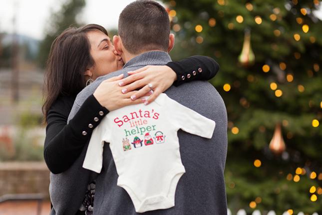 santas helper pregnancy announcement